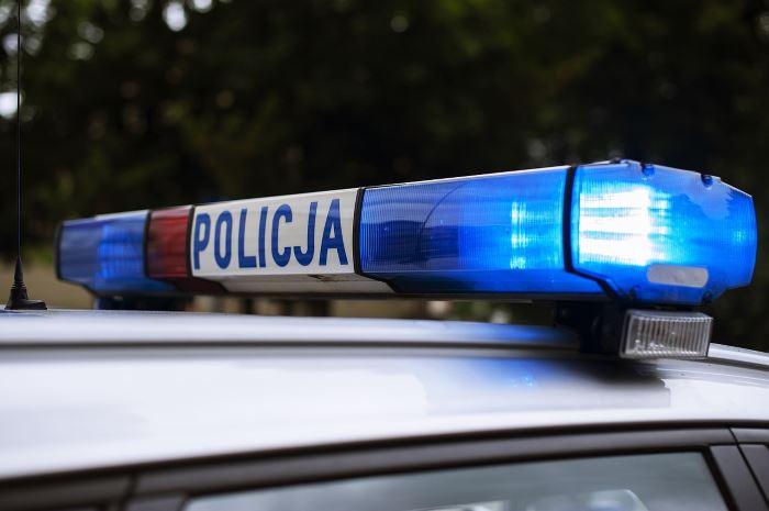 Policja Szczecin: BEZPIECZNE WAKACJE 2021: Niesprawny autobus nie wyjechał z dziećmi w trasę